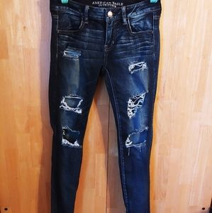 American eagle distressed super low jegging